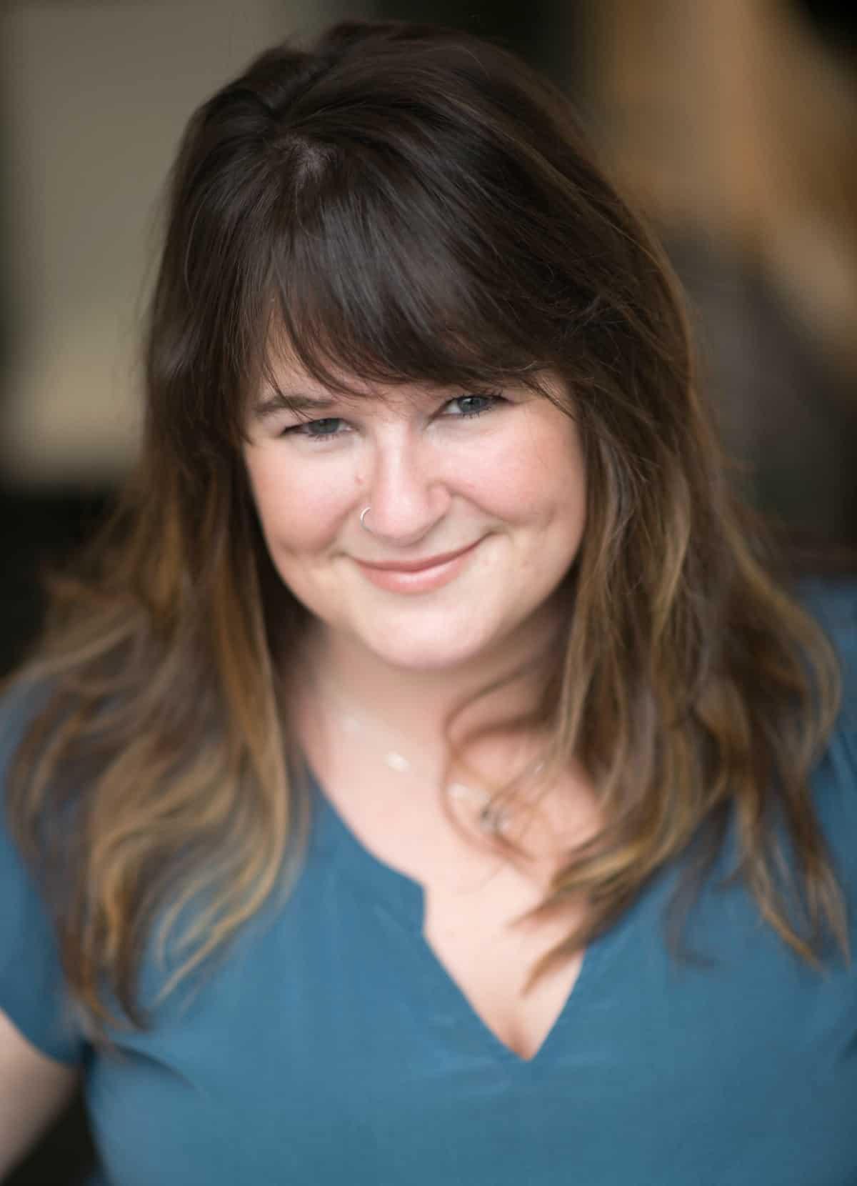Tara Caffelle |  Writer & Relationship Coach