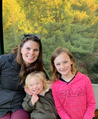 Daughters and Shannon cropped